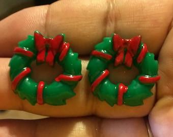 Christmas Wreath Stud Earrings  W7