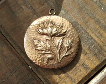 Antique Art and Crafts Era Flower Locket - Hammered Texture - Gold Filled - c1900