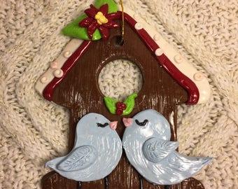 Lovebirds Christmas Birdhouse