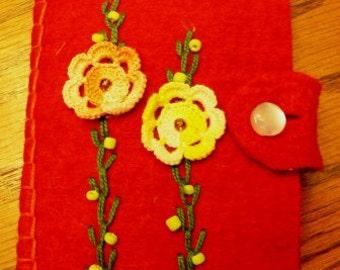Vintage sewing ... Darling MENDING SEWING KIT felt booklet handmade  ...