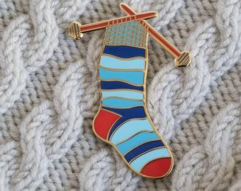 knitting needles pin, sock enamel pin, knitting enamel pin, crafty enamel pin, yarn enamel pin, hard enamel pin, lapel pin, pin badge BLUE