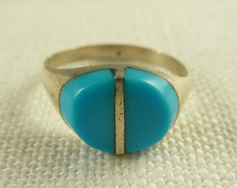 Size 6.75 Vintage Mexican Sterling and Turquoise Enamel Ring