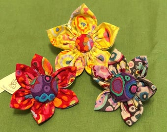 Dog collar flowers for smaller dogs in a variety of prints