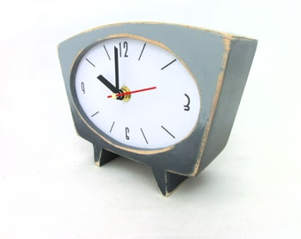 Gray Desk Clock, Grey Ombre clock, Shaded clock, Vintage 60s style, Table clock Unique gift, Spring trends, Mothers day gift