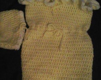 Baby Cozy,yellow, white ruffle, cozy, Lg
