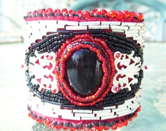 Native American handmade Black Onxy cabochon with red and silver cuff bracelet