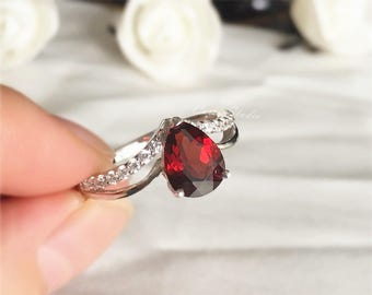 Pear Natural Red Garnet Ring Garnet Engagement Ring/ Wedding Ring/ Anniversary Ring/ Birthday Present Holiday Gift