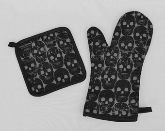 Black Skulls Oven Mitt and Pot Holder, Sets and Singles, Halloween Kitchen, Goth Punk Housewares