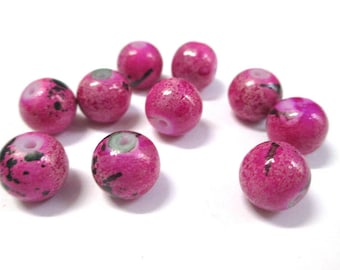 10 pink marbled black glass beads 10mm (S-41)