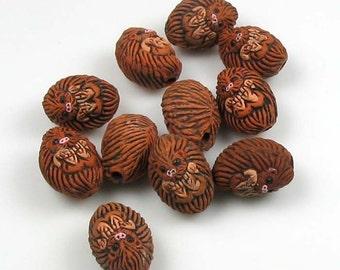 20 Tiny Hedgehog Beads