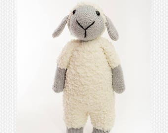Sawyer the sheep knitting pattern