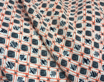 1960's style fabric Salmon pink floral fabric crepe fabric UK