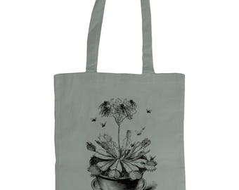 Venus Fly Trap. Altered Vintage Art Graphic Tote Bag . Grey.