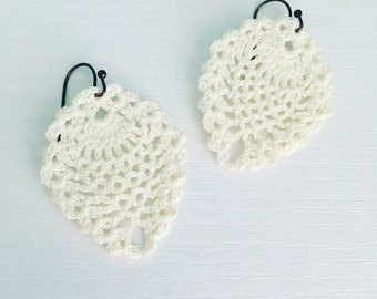 Sheridan Crochet Earrings in White, Bridal Earrings, Wedding Jewelry, Bride, Lace Doily Earrings, Beach Fashion, Gift Under 30, Gift for Her