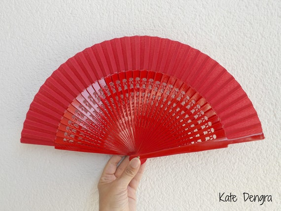 Std Fret Red Wooden Hand Fan