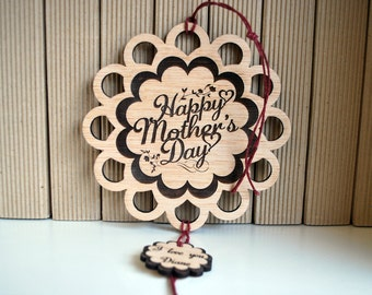 custom wood flower, engraved mother's day gift, hangning, personalized with your name, burlap string ,