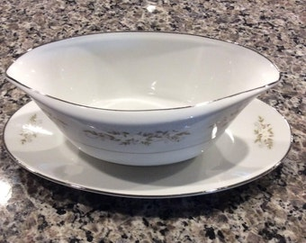 China / Gravy Boat / International Silver Co. from the 60's / Pattern is 326 Springtime
