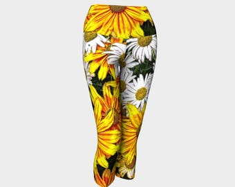 Yellow and White Daisies Yoga Capris