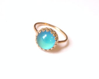Mood Ring, 14kt Gold Crown with Color Changing Stone