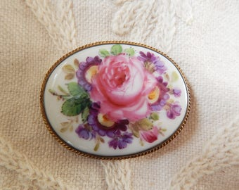 Large Antique Victorian Handpainted Porcelain Brooch in Pinchbeck Mount - Rose and Auricula