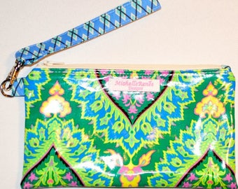 SALE! Wristlet - Water and Stain Resistant Laminated Cotton - Amy Butler Fabric - Sale!
