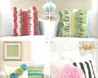 Pillow Sewing Pattern, Designer Pillow Pattern, Simplicity Pattern 1679, Ruffle Pillow Pattern