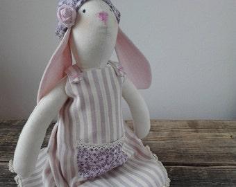 Bunny Shabby Style