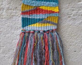 Mini-decorative weaving