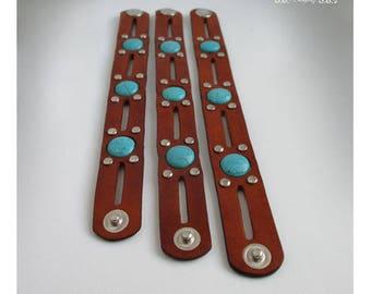 Bracelet leather and turquoise. Boho bracelet leather. Leather cuff with turquoise.