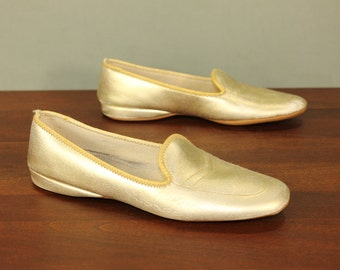 Size 6.5 GOLD Metallic Daniel Green Vintage Ladies Women's Glamour Slippers Mules Bedroom House Shoes Heels Wedges Mad Men Mid Century Retro