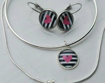 Black and white stripe with pink heart jewellery set