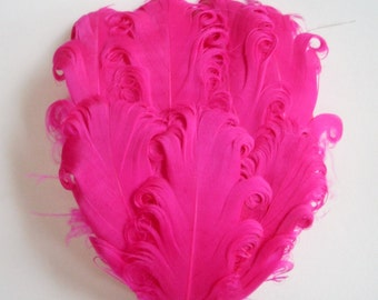 Fuchsia Hot Pink Nagorie Curled Goose Feather Pad