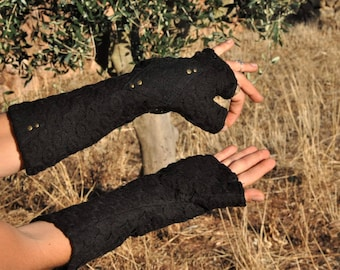 Arm Warmers, Wrist Warmers, Fingerless Gloves, Fingerless Mittens ~ with Lace and Rivets ~ black