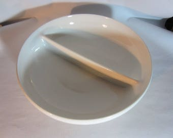 Russel Wright Iroquios Casual Devided Vegetable Bowl in Sugar White