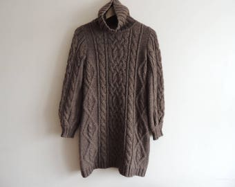 FREE SHIPPING - SISLEY Brown heavy knitted turtleneck long pullover, size S, Wool 50%