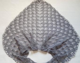 Knitted shawl Gray shawl  Wrap shawl Lace shawl Wrap shawl Triangular Shawl