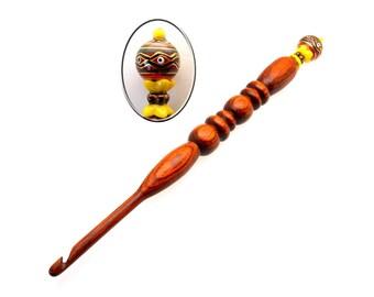 Handmade Wood Crochet Hook Fireburst Bead size H