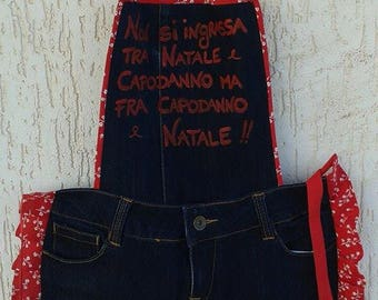 Kitchen apron in jeans with hand painted lettering