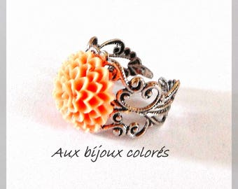 dusty pink flower ring
