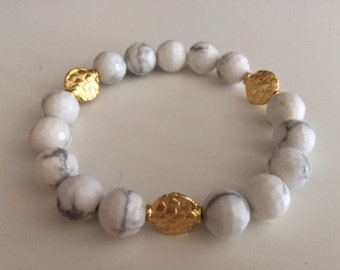 Howlite, Beaded, Gold, Gray, White Bracelet