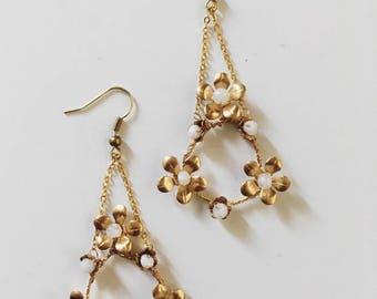 Flower wreath earrings, #1703