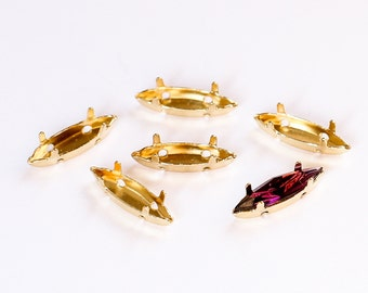 15x4 mm Gold-plated sew-on settings for Swarovski Navette Fancy Stones. Prong settings