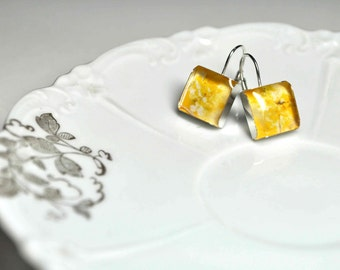 SPRING. Lever-back dangle earrings. (Sterling Silver)