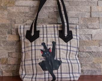 Handbag | Mischievous kitten| Quilting | Handquilted |