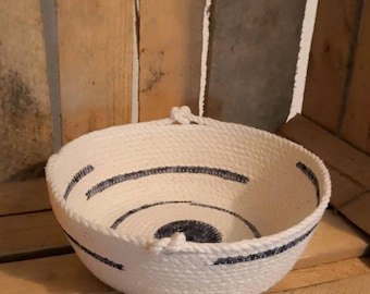 Rope bowl with blue fabric