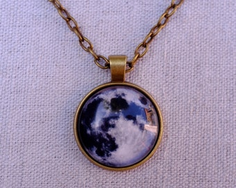 Full Moon Pendant