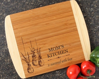 Personalized Mother's Day Cutting Board Mothers Day Personalized Mom's Kitchen Custom Engraved Cutting Board Gift for Mom-14 x 11 D37