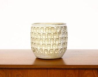 Ceramic Stoneware Planter — Keyhole pattern —White Glaze — P35