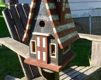 Cute Patriotic Birdhouse