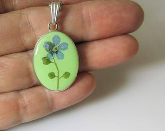 Simply Forget Me Not!,   Pressed Flower Pendant, Real Flowers in Resin,  (3085)